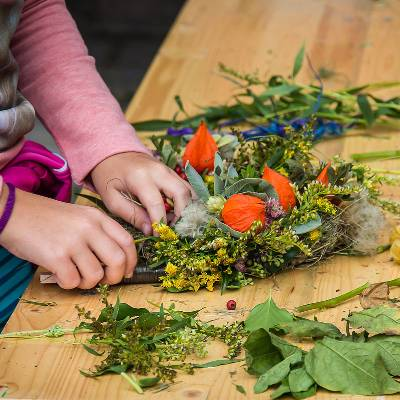Christmas Wreath making workshop   5th December